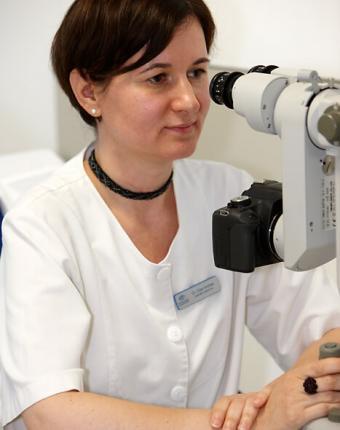 Dr. Ürge Andrea