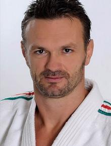 Kovács Antal Sasszem lézeres szemműtét